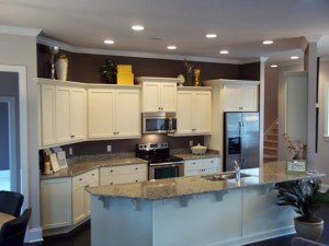Seawatch Brisette kitchen after finishing touches by R. Richardson Interiors